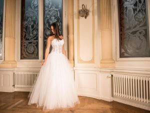 wedding-dress-301817_960_720