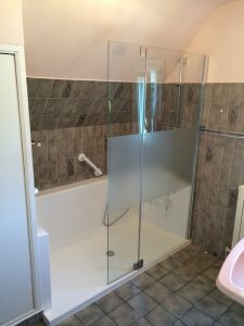 Installation douche pour seniors